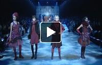 Mais il est où le soleil ? : Spectacular fashion show!