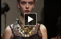 For the coming months: it's got to be big, heavy and visible… Jewellery trends with catwalk images